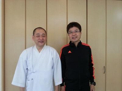 長坂和行さんと院長.jpg